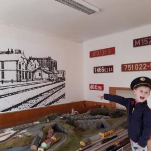 Železničáři v DDM Astra mají pěknější klubovnu